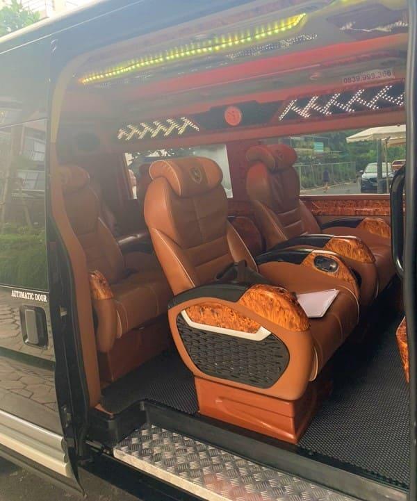 dich-vu-cho-thue-xe-limousine-tphcm
