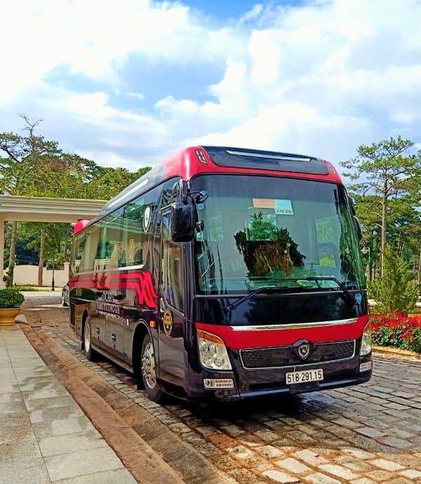 gia-thue-xe-limousine-tai-hcm
