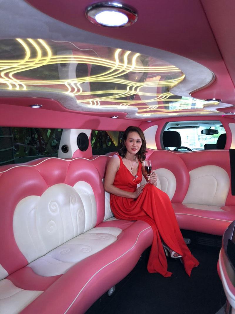 thuê xe limousine đi đám cưới tại tphcm