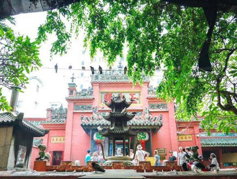 chùa ngọc hoàng tphcm