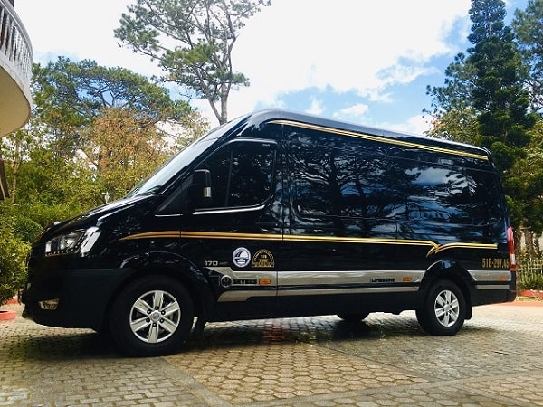 Giá Thuê Xe Limousine 9 Chỗ Tại Tphcm 4