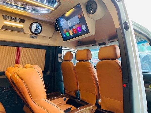 Giá Thuê Xe Limousine 9 Chỗ Tại Tphcm 6